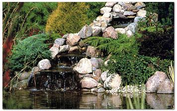 Un Estanque En El Jardin Piscinas Para Chalets